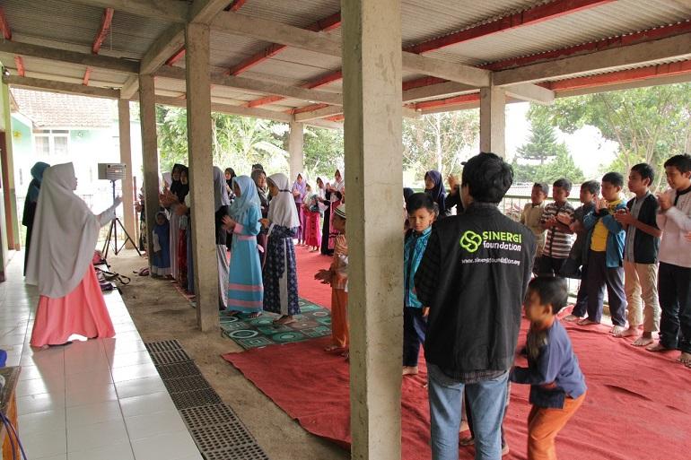 dhuafa, cilengkrang, #DesaRamadhan, giving is cool,