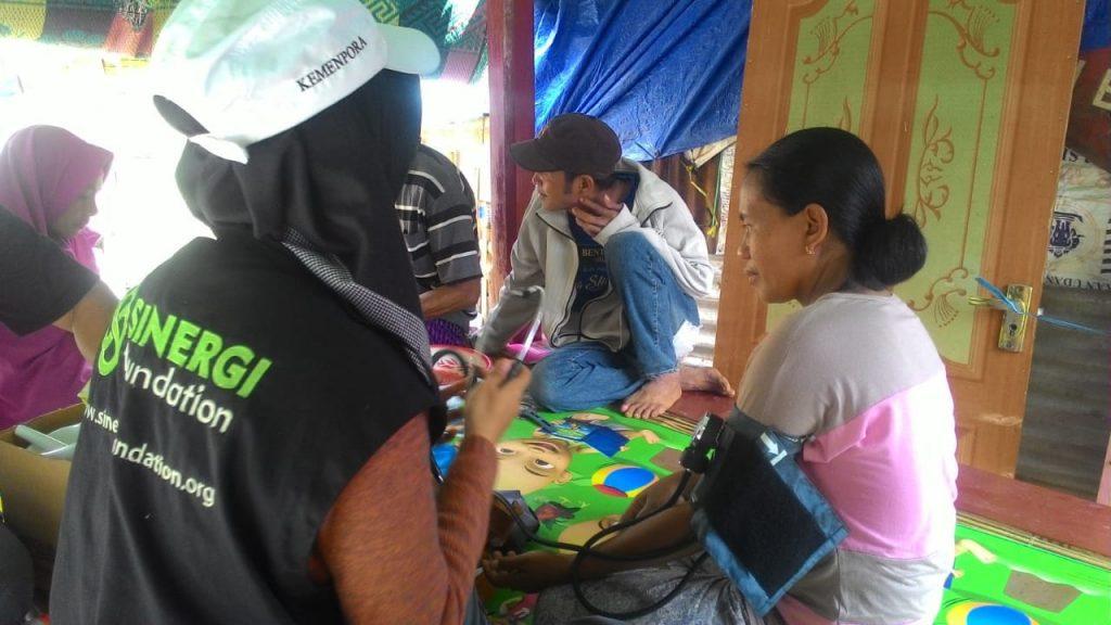 Lombok, let's help lombok, lombok timur, gempa bumi