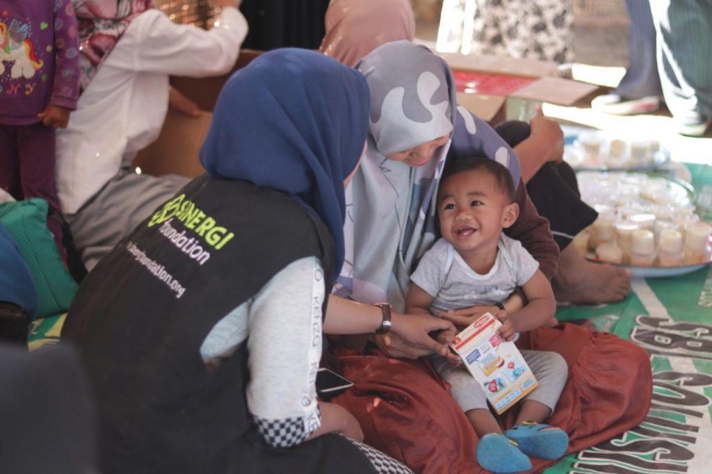 gempa bumi, let's help lombok, paket bergizi, bencana alam