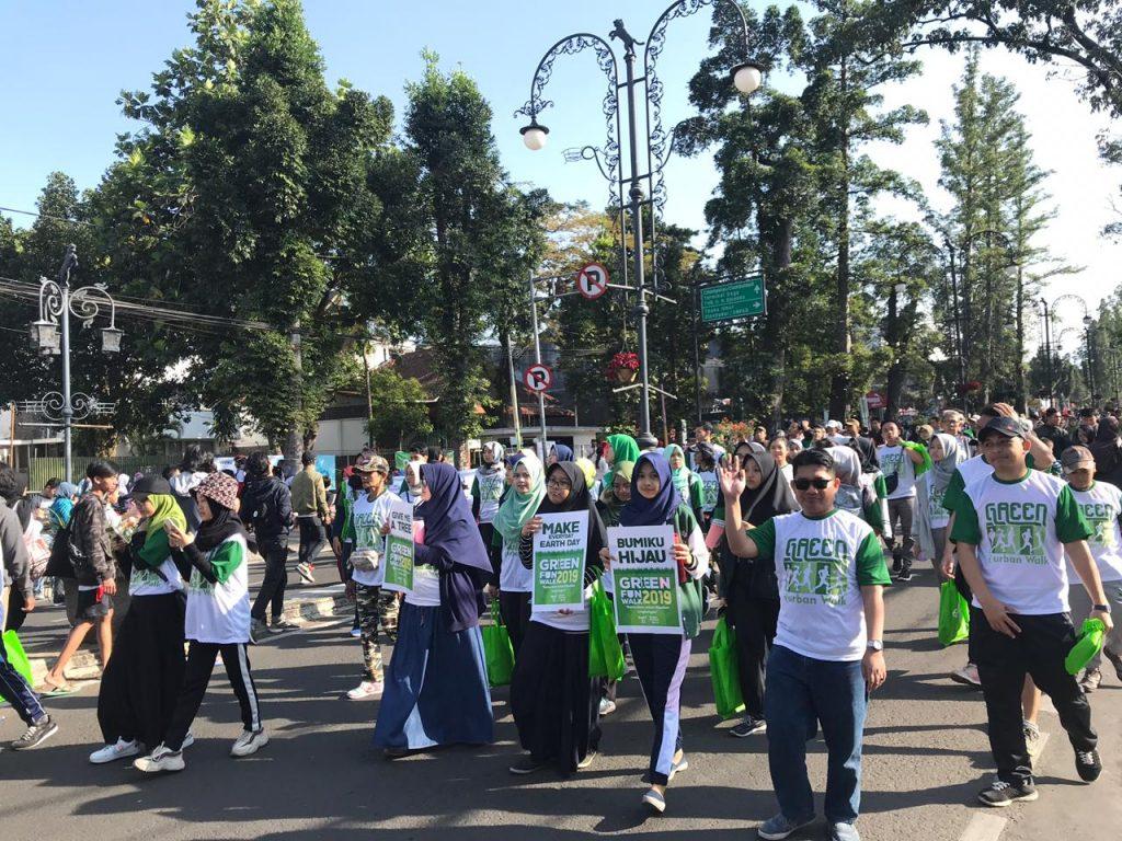 green fun walk