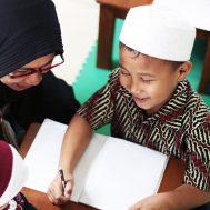 belajar di rumah, social distancing, kuttab al fatih, kuttab, Kuttab Al Fatih, akhlak mulia