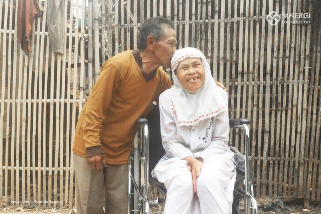 sinergi pelayanan masyarakat, kursi roda