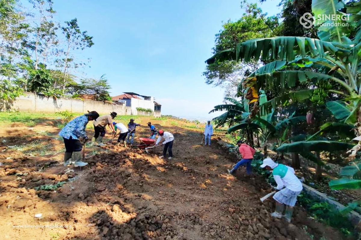 Firdaus Memorial Park Membuka Lahan Pemakaman Di Ujung Berung Bandung Sinergi Foundation