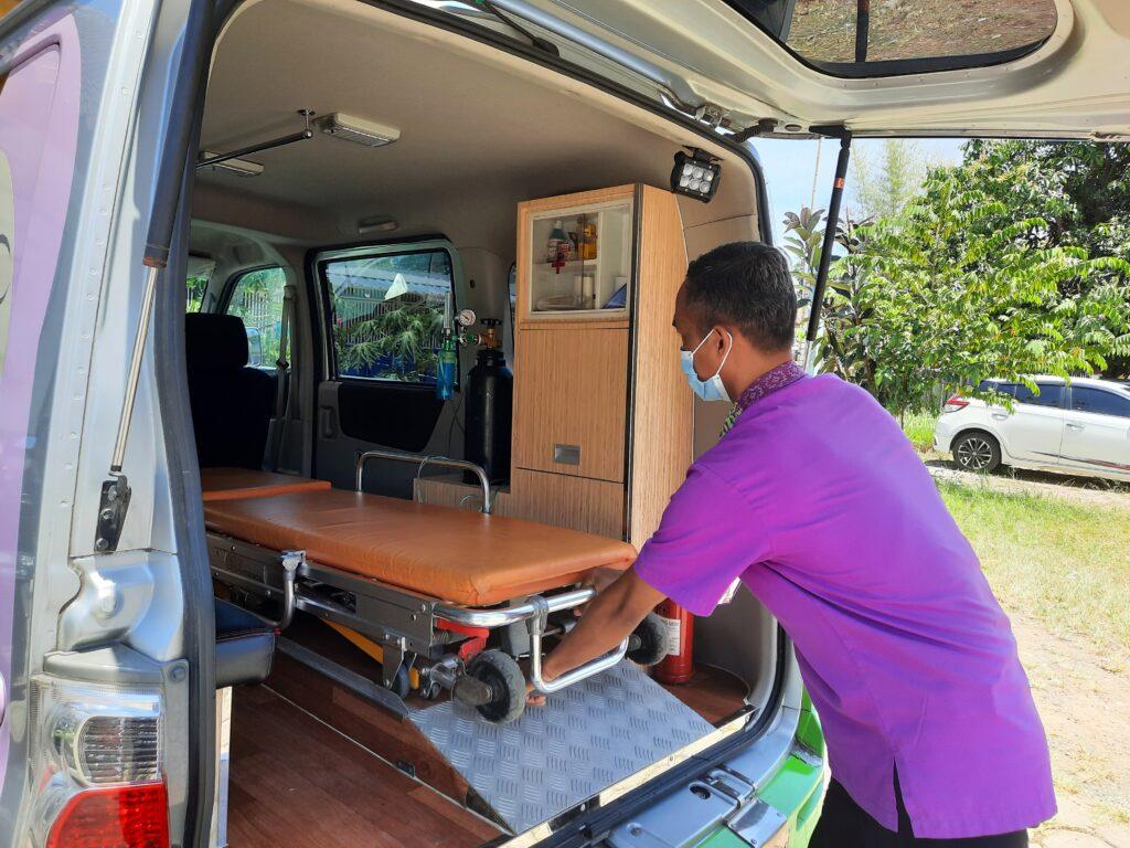 ambulans, ambulance, rbc, rumah bersalin cuma-cuma, persalinan, dhuafa