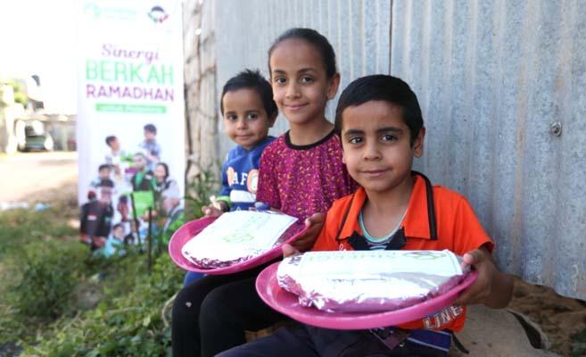 ramadhan 1440h, sinergi foundation, ayosinergi, palestine, palestina, berkah buka puasa untuk palestine